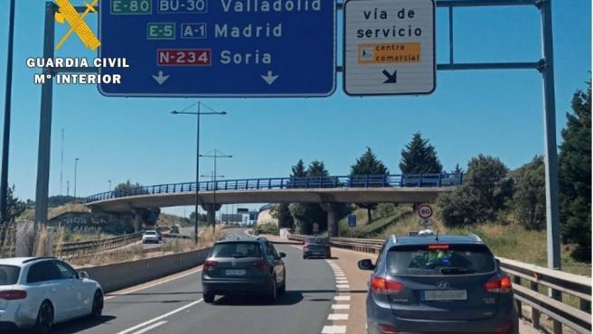 Interceptado en la A-1, en Burgos, un coche en sentido contrario que conducía una persona de avanzada edad