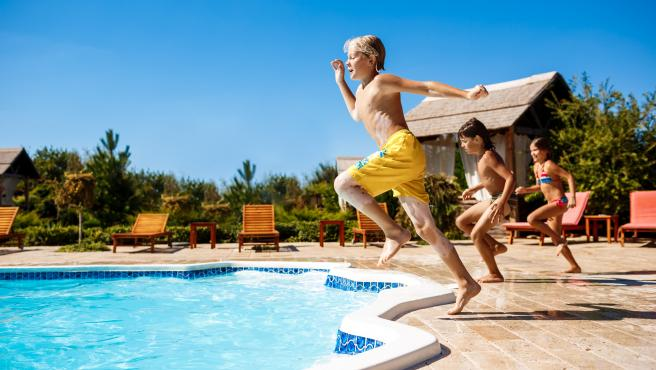 Disfrutarán con divertidos bañadores que les harán sentir más cómodos que nunca.