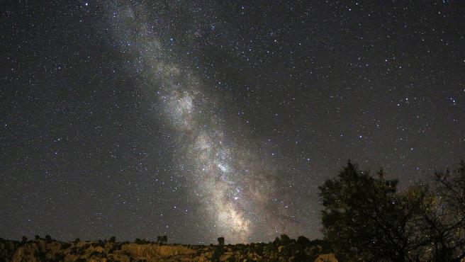 Cielo estrellado durante la noche de las Perseidas.