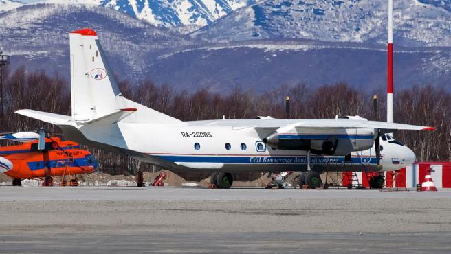 El avión An-26 en la ciudad de Petropavlovsk-Kamchatka