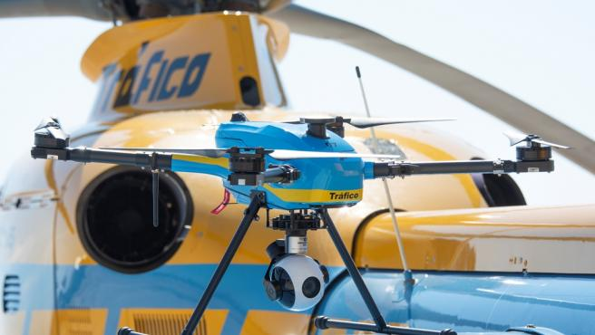La DGT presenta sus drones para el control carreteras este verano.