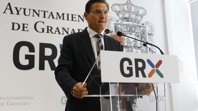 El Alcalde de Granada, Luis Salvador, anuncia su dimision