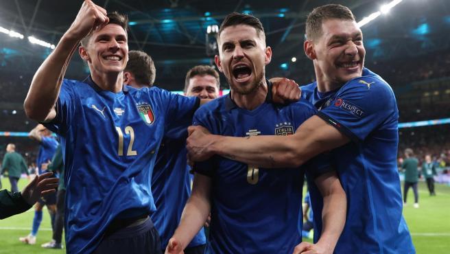 Italia celebra su pase a la final.