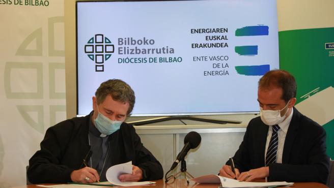 EVE y el Obispado de Bilbao firman un convenio para impulsar la eficiencia y la instalación de renovables