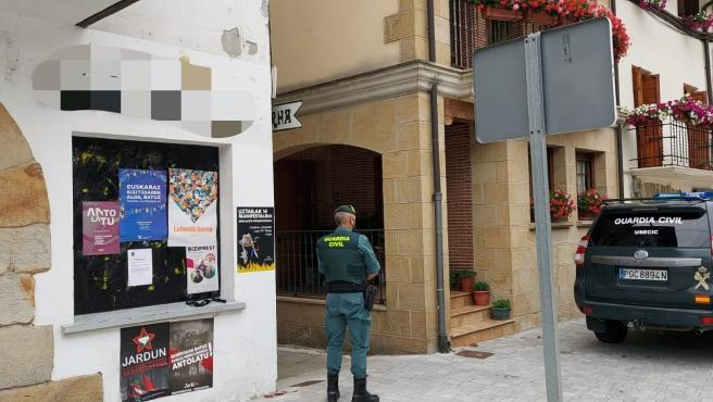 Atraca una sucursal bancaria en Arbizu y sustrae 2.000 euros