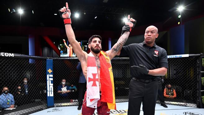 Ilia Topuria, luchador hispano-georgiano de la UFC.