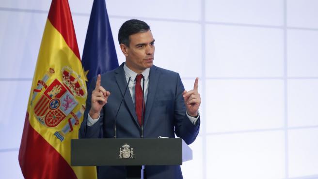 """""""Impulsar la recuperación"""". Ese es el argumento que repitió este lunes el presidente, Pedro Sánchez, para justificar la amplísima crisis de Gobierno abordada este fin de semana."""