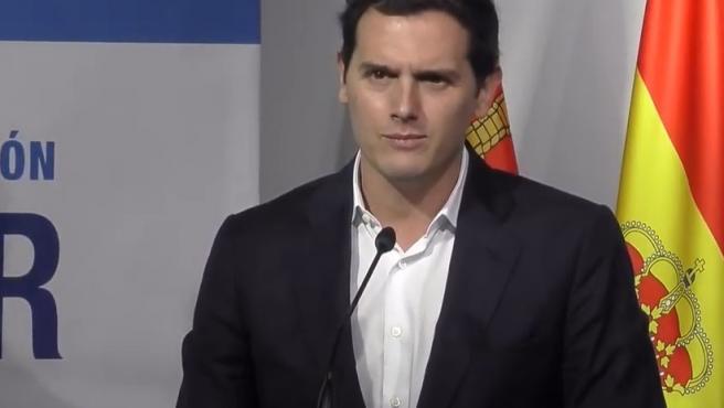 """Rivera considera """"una buena noticia"""" ver a gente que grita """"Libertad"""" y pide """"que acabe la dictadura"""" en Cuba"""