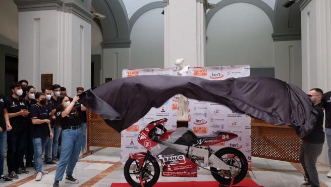 La escudería universitaria USRacing competirá con una moto eléctrica en la competición 'MotoStudent VI'