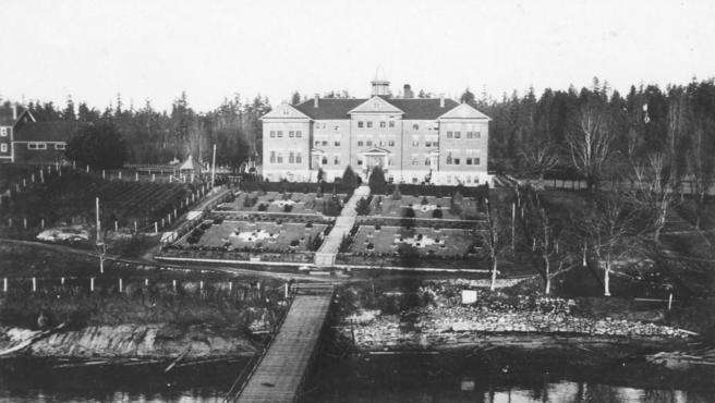 La antigua residencia escolar de la Isla Kuper, en Columbia Británica (Canadá), en una imagen de 1941.