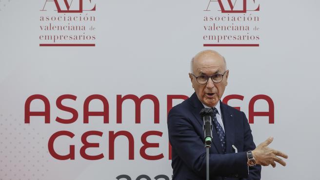 ROBER SOLSONA...202107014......VALENCIA....EL PRESIDENTE DE AVE, VICENTE BOLUDA Y EL PORTAVOZ DE CiU EN EL CONGRESO Y EXLIDER  DE UNIÓ DEMOCRÁTICA, JOSEP ANTONI DURAN I LLEIDA EN LA ASAMBLEA GENERAL DE AVE.