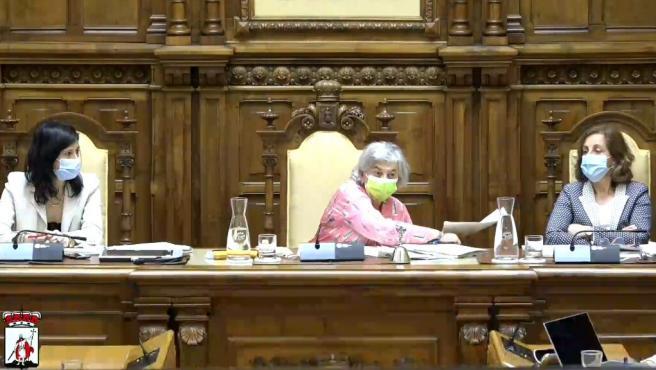 """""""Si corrigiera pruebas de EBAU, no aprobaban"""", dice la alcaldesa a Vox ante su propuesta de lenguaje inclusivo"""