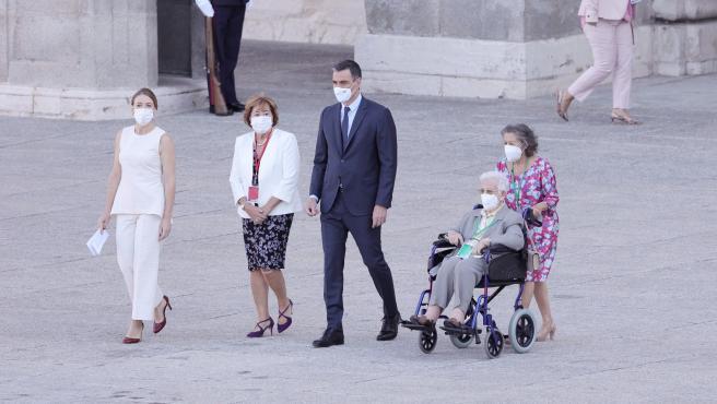 """Araceli Hidalgo, primera persona vacunada de Covid en España: """"A los jóvenes les digo que respeten la pandemia"""""""