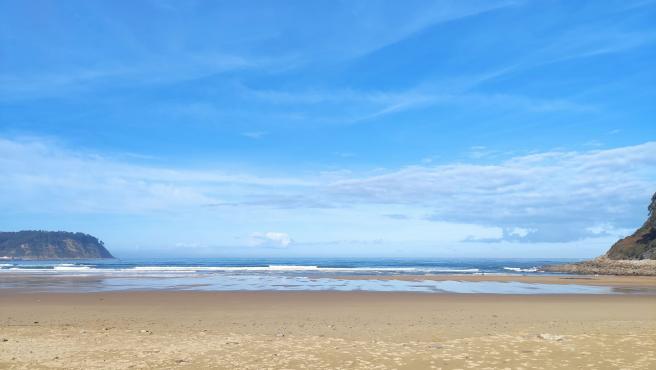 El Principado actualiza y dota de nuevas aplicaciones la web que informa en tiempo real sobre la ocupación de las playas