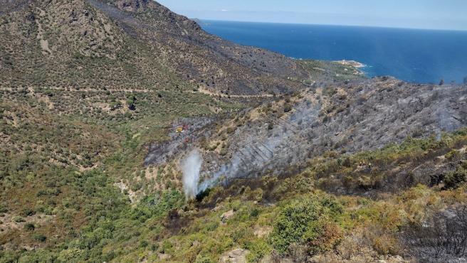 Extinguido el incendio que quemaba desde el viernes el Parc Natural del Cap de Creus (Girona)