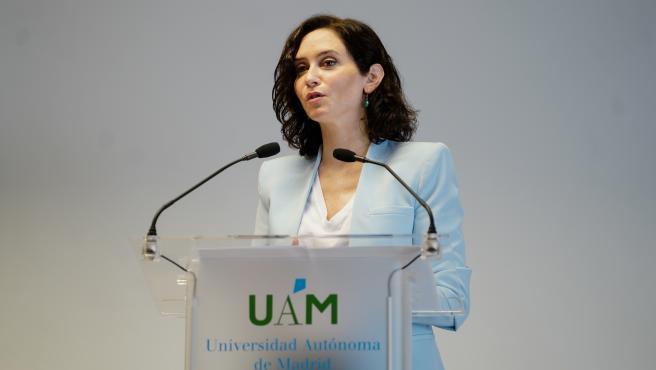 La presidenta de la Comunidad de Madrid, Isabel Díaz Ayuso, en un acto en la Universidad Autónoma de Madrid.