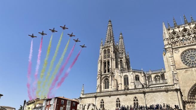 Burgos se echa a la calle para conmemorar los 800 años de la Catedral de Santa María