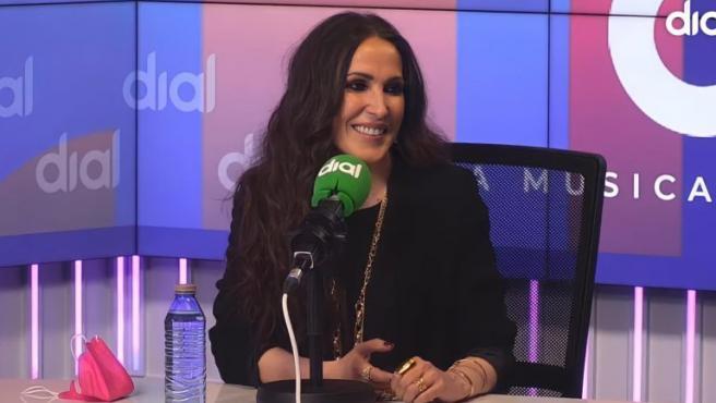 La cantante Malú, una de las premiadas anunciadas, en su entrevista para Cadena Dial.