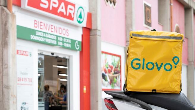 Spar es la primera cadena que ofrece hacer la compra a través de Glovo en Gran Canaria