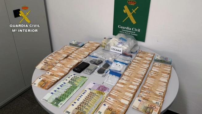 Tres detenidos y un investigado por la introducción y distribución de cocaína en El Hierro