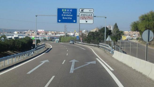 Carretera A-4 dirección Córdoba.