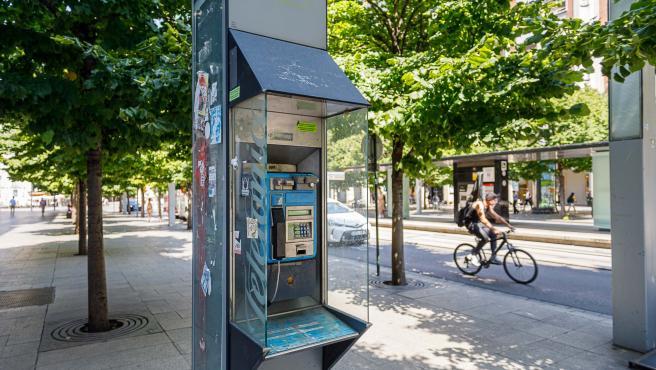 El Ayuntamiento solicitará a Telefónica la retirada de 172 cabinas para liberar espacio público