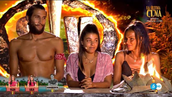 Gianmarco Onestini, Lola Mencía y Melyssa Pinto, en 'Supervivientes 2021'.