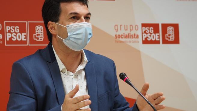 """G. Caballero reivindica el """"compromiso galleguista"""" del PSdeG y el reto de """"actualizar"""" el Estatuto tras la pandemia"""