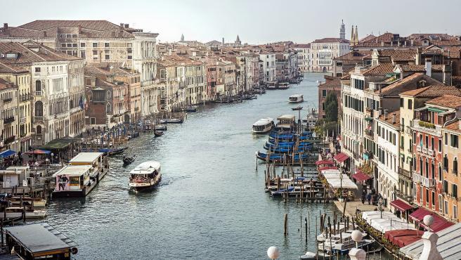 Gran Canal de Venecia, desde el Puente de Rialto.