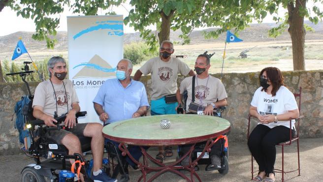 Los Monegros comienza su ruta adaptada a sillas de ruedas para visibilizar las enfermedades raras y recaudar fondos