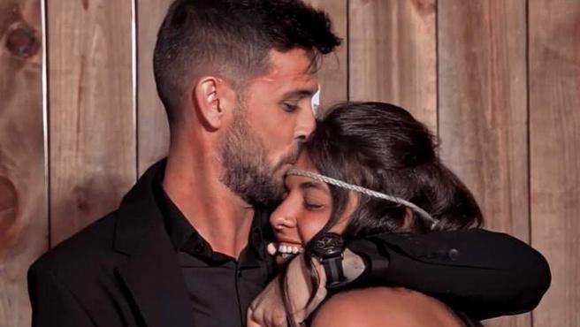 Lola se reencuentra con su novio, Iván, en la final de 'Supervivientes 2021'.