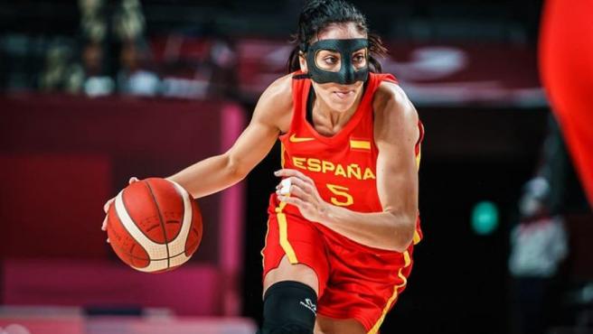 Cristina Ouviña, jugadora de la selección española de baloncesto.