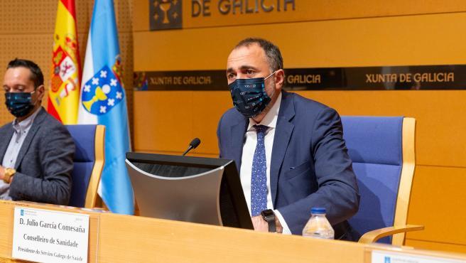 11,30 h.-             O conselleiro de Sanidade, Julio García Comesaña, informará en rolda de prensa dos acordos adoptados na reunión do comité clínico. Estará acompañado polo secretario xeral técnico da Consell
