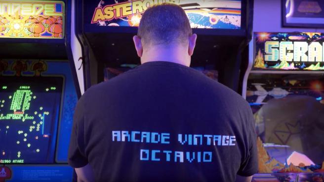 Fotograma de 'Arcadeología'