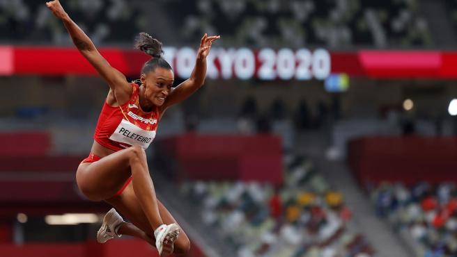 Ana Peleteiro en las rondas preliminares de triple salto femenino durante los Juegos Olímpicos 2020.