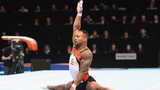 El gimnasta español Ray Zapata se lleva la plata en la final de suelo