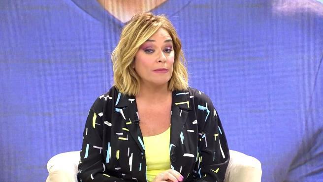 La presentadora Toñi Moreno, en el plató de 'Viva la vida'.