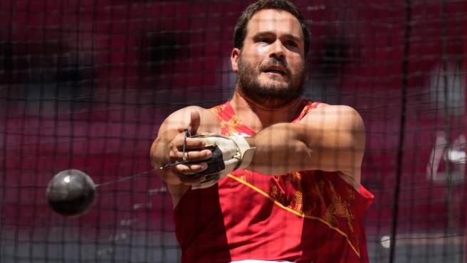 Javier Cienfuegos, a la final de martillo.