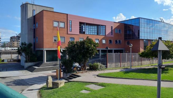 Detenidos jóvenes por forzar parquímetros de la ORA en Gijón