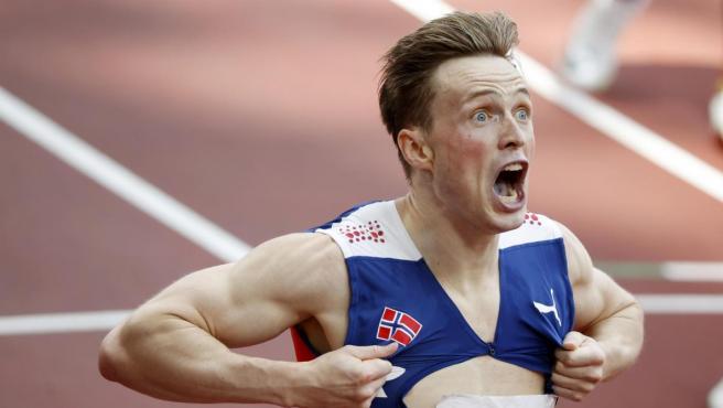 Karsten Warholm, oro olímpico y plusmarquista mundial de 400 vallas