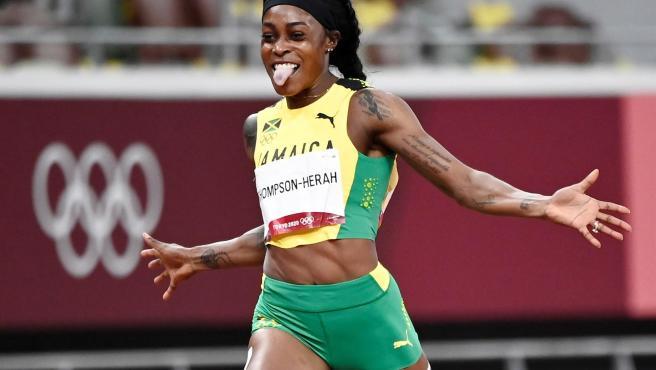 Elaine Thompson, campeona olímpica de 100 y 200m en Tokio 2020.