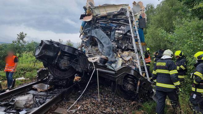 Estado en el que ha quedado uno de los trenes tras el accidente.