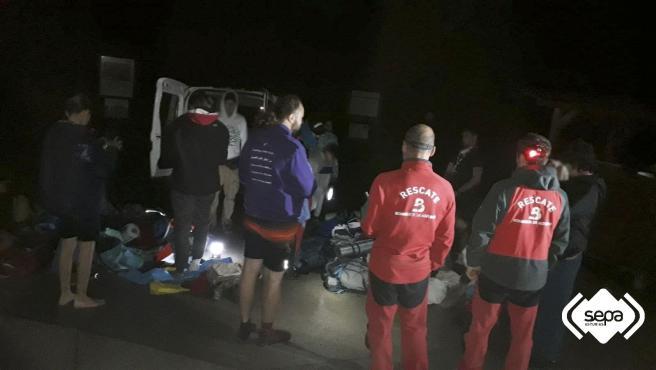 Rescatados 15 excursionistas, diez de ellos menores, que se perdieron en la zona de Lagos de Covadonga