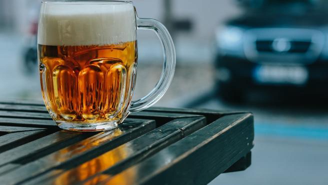 En 10 pasos puedes preparar tu cerveza casera.