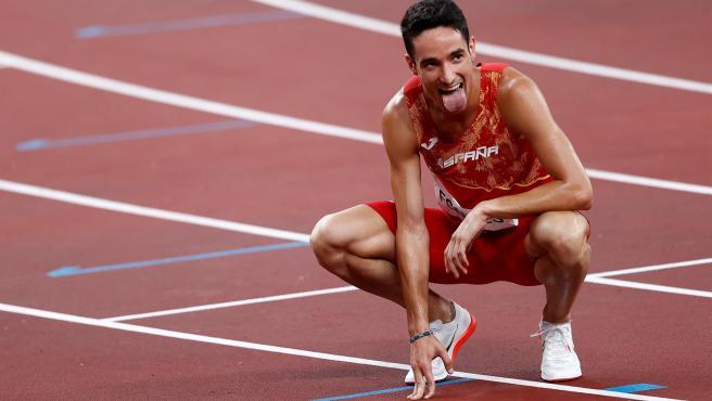 Ignacio Fontes celebra su pase a la final del 1.500m