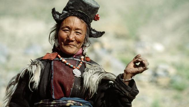 Una mujer Ladakhi, parte del grupo étnico tibetano.