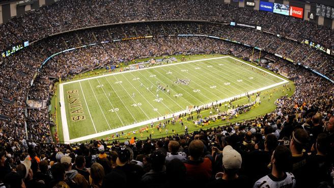El Superdome de los New Orleans Saints con aforo completo.