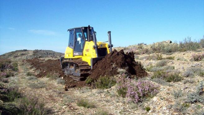 Los efectivos del Infoex intervienen durante la semana en 40 incendios que han afectado a 155 hectáreas