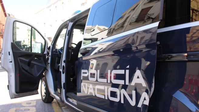 Sucesos.-La Policía Nacional detiene a un hombre tras localizar a sus hijos solos a varias manzanas de su casa