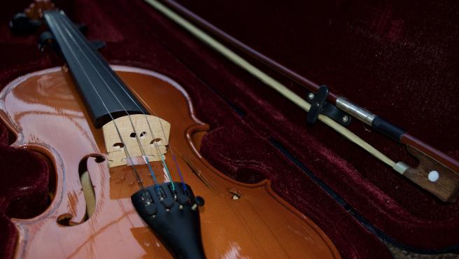 Imagen de archivo de un violín.